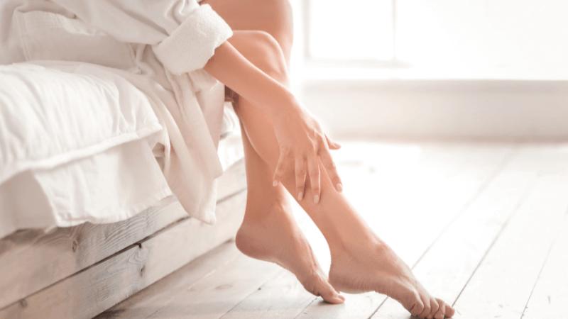 Gambe gonfie e doloranti: 5 consigli per migliorare la circolazione sanguigna