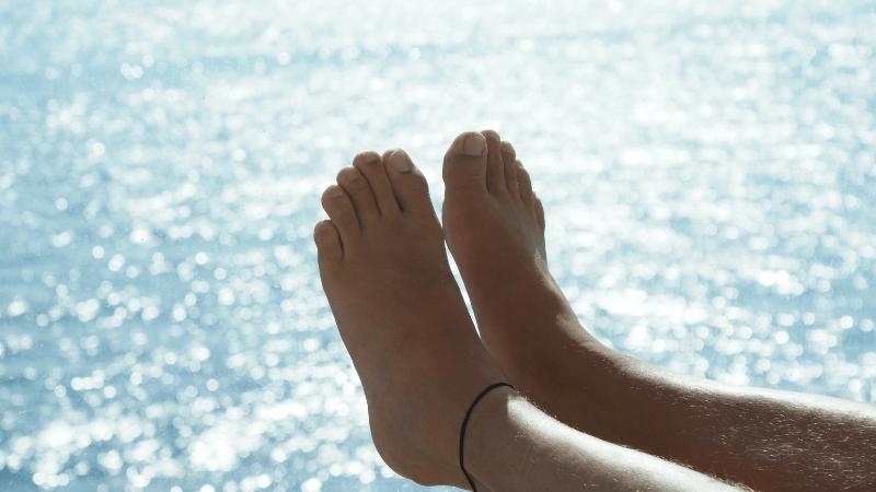 infezione funghi unghie del piede dermoclinico